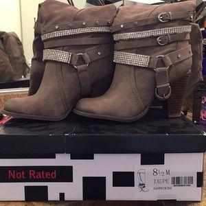 NWT Rhinestone Boots